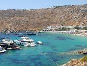 """يخوت ضخمة وحقائب جوتشى.. كيف أصبحت جزيرة """"ميكونوس"""" وجهة المشاهير والأثرياء؟"""