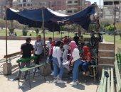 صور.. الأطفال يستمتعون بركوب الدراجات والألعاب الترفيهية بحديقة الفسطاط
