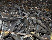 الشماعات البلاستيكية خطر عالبيئة.. تنتج بالملايين وغير قابلة لإعادة التدوير