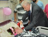 صور.. محافظ جنوب سيناء يزور مستشفى الطور العام ويهنئ المرضى بعيد الأضحى