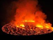 بركان نيراجونجو يطلق مئات الحمم وفرار المئات من مدينة جوما فى الكونغو
