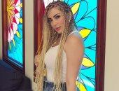 صور.. نسرين طافش تستمع بإجازة العيد مع عائلتها فى الأهرامات