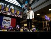 المرشحة للرئاسة الأمريكية كامالا هاريس تعرض برنامجها الانتخابى فى مؤتمر حاشد