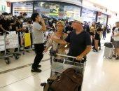 استئناف الرحلات الجوية بمطار هونج كونج وسط احتجاجات