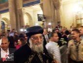 فيديو وصور.. البابا تواضروس الثانى يصل الإسكندرية ويترأس صلاة العشية