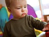 دراسة: قضاء الأب وقت أطول مع طفله يزيد من درجة ذكائه