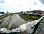 وقفة بالورود لإحياء الذكرى الأولى لانهيار جسر موراندى فى جنوة بإيطاليا