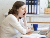 خيارات أكثر صحة لعلاج التعب فى العمل.. تعرف عليها