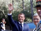 وسائل إعلام فرنسية ماكرون وساركوزى يحرصان على إظهار قوة علاقة الصداقة