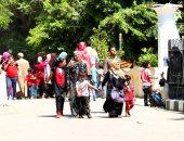 إقبال على حديقة الحيوانات رغم انتهاء إجازة عيد الأضحى
