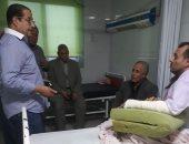 عضو محامين مصر يزور محاميا أشعل أشخاص النار فيه ويؤكد: لن نترك حق الزميل