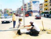 صور.. حملة نظافة وترميم للأرصفة والبردورات بالمنصورة