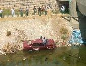 إصابة شخص نتيجة انقلاب سيارة ملاكى فى الإسماعيلية