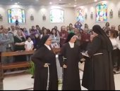 فيديو.. رهبنة الفرنسيسكان تضم ثلاثة فتيات جدد باحتفالية كبرى بالكنيسة