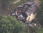 قتيلان وجرحى إثر تحطم طائرة صغيرة على منزل بنيويورك