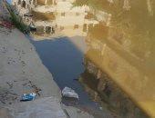 أهالى النوبارية يشكون حال الشوارع: مكسرة ومياه الصرف تملؤها