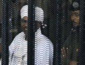 محكمة سودانية تؤجل محاكمة البشير للسبت المقبل