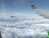 """شاهد.. مقاتلات سويسرية تحلق قرب طائرة """"بوتين"""" فى سماء جنيف"""