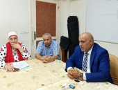 مدير تعليم الجيزة يناقش الاستعداد للعام الدراسى الجديد مع مديرى الإدارات