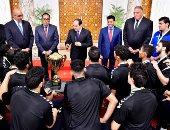 السيسى يستقبل منتخب اليد ويوجه بتوفير كافة الإمكانيات لأبطال مصر