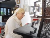 على غرار إليسا.. مطربة مغربية تعلن إصابتها بمرض السرطان.. فيديو