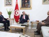 رئيس حكومة تونس يبحث مع النقل والداخلية إعادة فتح المحطة الجوية للمسافرين غدا