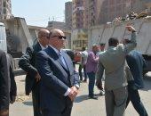 محافظ القاهرة يحيل مسئولين بالنظافة للتحقيق بسبب انتشار القمامة بالمطرية