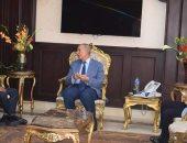 محافظ البحر الأحمر يناقش مع رئيس جامعة جنوب الوادى مستجدات العمل بكلية الألسن