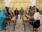 أعضاء المجلس السيادى السودانى يؤدون اليمين الدستورية