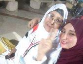 حج مبروك وذنب مغفور.. قارئ يشارك بصور لاستقبال والدته بعد عودتها من الحج
