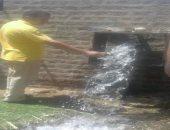محافظ أسيوط: غسيل شبكات المياه بقريتى المطيعة وأولاد رايق لحل مشكلة العكارة