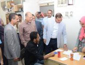 قوافل علاجية مجانية للعاملين بمقر عملهم بالمؤسسات الحكومية فى سوهاج