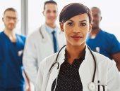 إنفوجراف.. كل ما تريد معرفته عن حساب بدل المهن الطبية بعد زيادته 75%