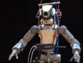 """شاهد.. تحضير الروبوت الروسى """"فيودور"""" للفضاء"""