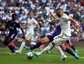 ريال مدريد ضد بلد الوليد.. بنزيما يسجل هدف الملكى الأول فى الدقيقة 82