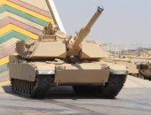 """""""M1A1 Abrams"""".. دبابة قتال رئيسية تصمم بمصانع الإنتاج الحربى.. صور"""
