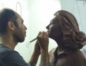شاهد.. تمثال ليلى المراد المثير للجدل خلال مراحل تصميمه