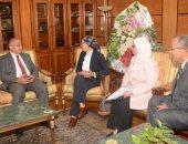 رئيس جامعة أسيوط يعلن عن تنظيم دورات تدريبية لشباب الكليات الطبية