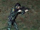 زوجة ملك تايلاند الجديدة تستعرض قدراتها العسكرية