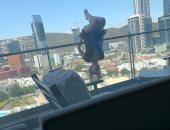 سقوط فتاة من الدور السادس أثناء ممارسة اليوجا من البلكونة فى المكسيك