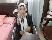 """فيديو وصور.. """"أمل السيد"""" حكاية بنت شرقاوية تحدت إعاقتها بالرسم والسباحة والعمل"""