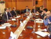 رئيس التنمية الصناعية يبحث مع رئيس هيئة الاستثمار تذليل عقبات الاستثمار الصناعى