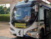 اختبار أول حافلة ذاتية القيادة فى شوارع سنغافورة.. فيديو