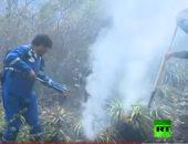 فيديو.. رئيس بوليفيا يشارك في إخماد حرائق غابات الأمازون