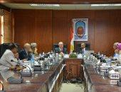 صور.. مجلس جامعة الأقصر يوافق على فتح باب الدراسات العليا التربوية