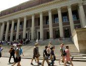 الولايات المتحدة ترحل طالب بهارفارد بسبب منشورات أصدقائه على السوشيال ميديا