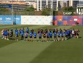دقيقة حداد فى تدريبات برشلونة بعد وفاة ابنة لويس إنريكي.. فيديو