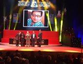 عبد الرحمن أبو زهرة يسلم جائزة لينين الرملى لأفضل نص مسرحى ويفوز بها محمد رفعت