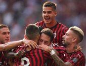 ميلان يحقق فوزه الأول في الدوري الإيطالي على حساب بريشيا