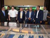 رئيس الوزراء يعقد إجتماعا مع مسئولى ميناء الأسكندرية